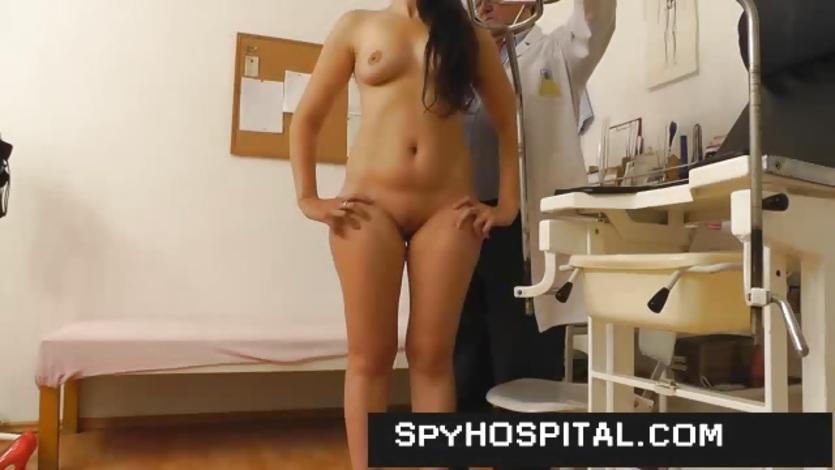 hidden-doctor-amateur-boobs