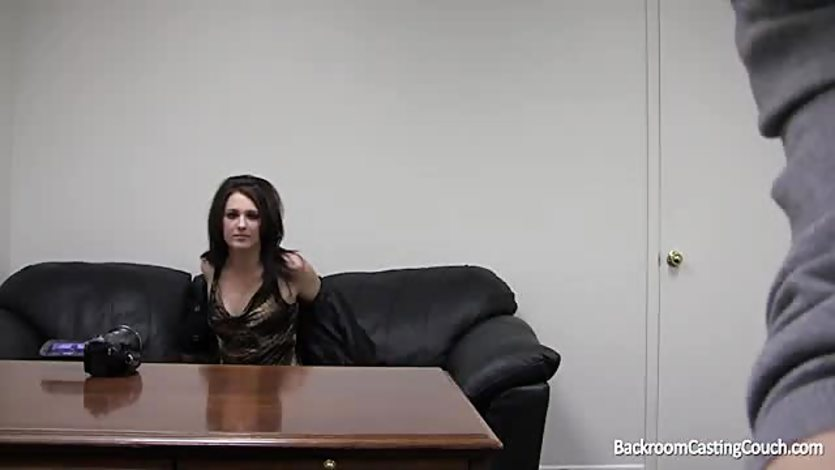 Backroom casting couch violet