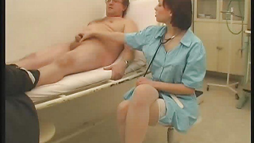 Медсестра простаты массаж видео порно