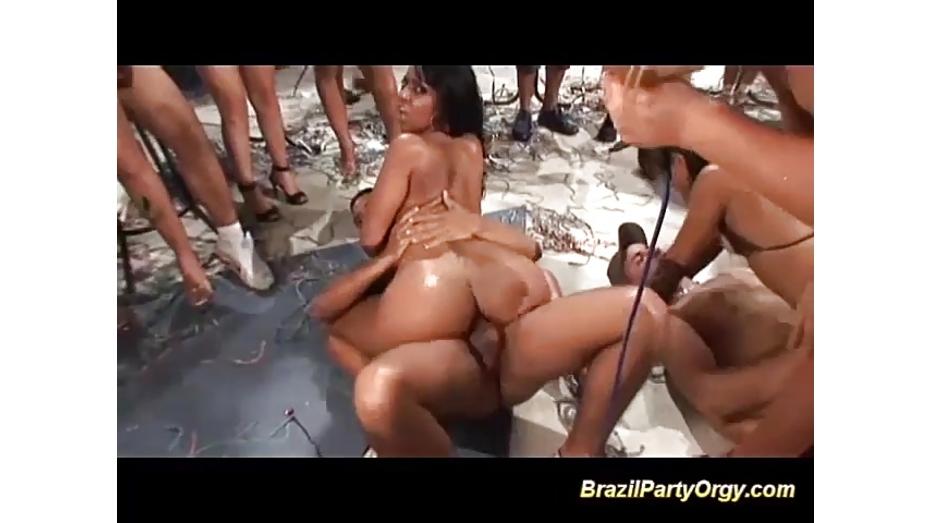 бразильское порно оргия с моникой сантьяго - 14