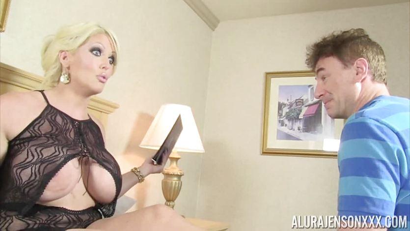 Business woman Alura Jenson pussy crammed balls deep