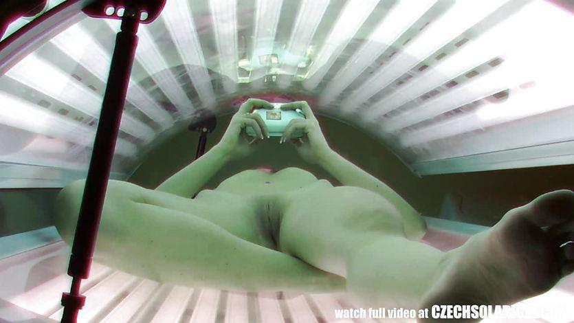 Порно солярии скрытая камера, секс россия с бабой на улице россия