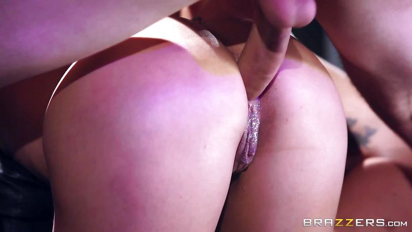 Kelsi and Kitty share a big cock