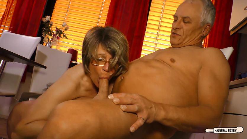 Ehefrau Penis Rothaarige Deepthroat