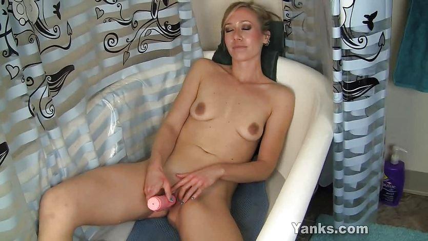 How to orgasm during masturbation