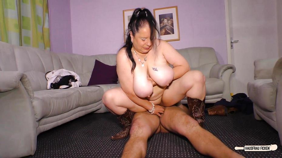 chunky-cowgirl-porn