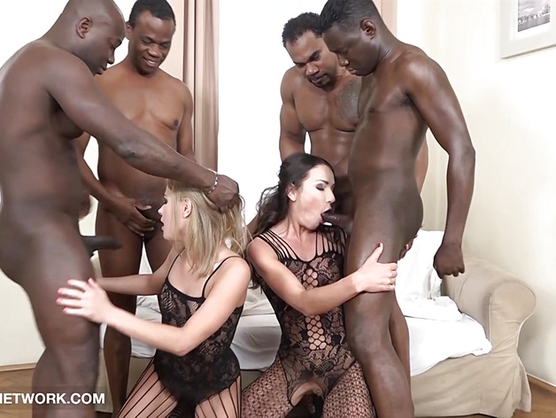 Double Anal Double Penetration Group orgy