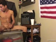 Amateur Hayden Fucks A Fleshjack