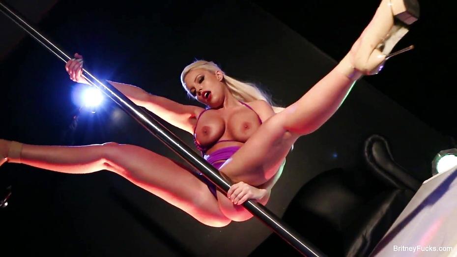 solo-striptiz-modeley-video
