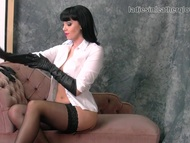 Spicy babe nylon stockings and leather gloves fetish | Big Boobs Update