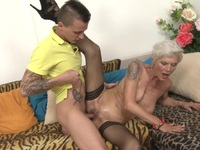 Tattooed busty granny gets laid   Porn-Update.com