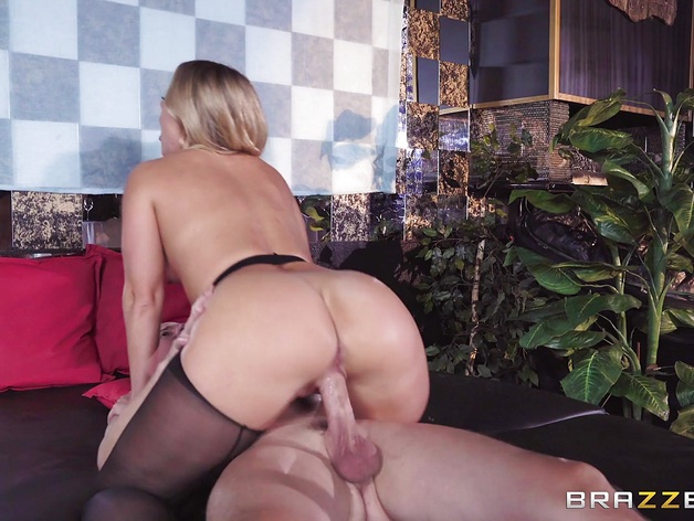 Sexy anal banging Candice Dare hard and deep