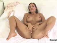 Randy Satin Bloom Fingering Her cunt Satin Bloom | Porn-Update.com