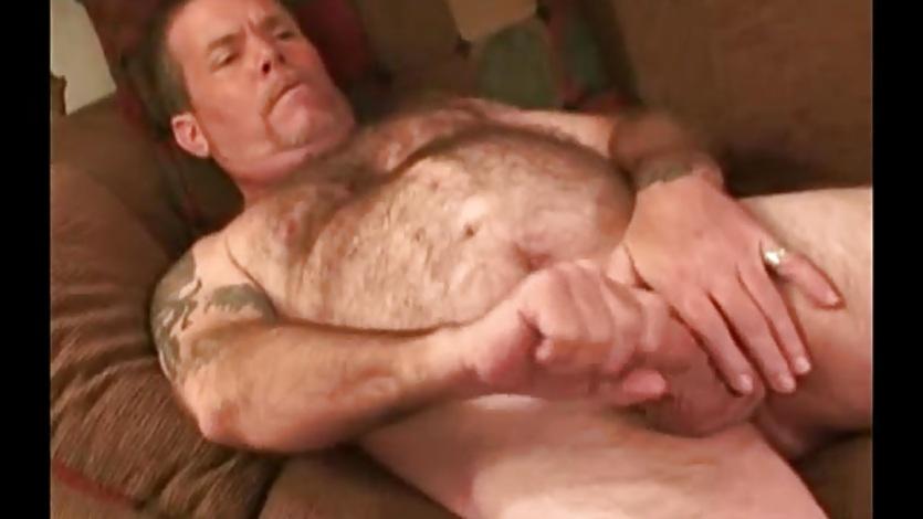 Cock Beating Mature Amateur Shawn Beats Off