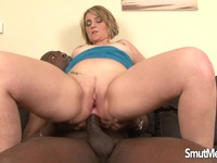 Milf Luisa takes black dick in her bottom | Porn-Update.com