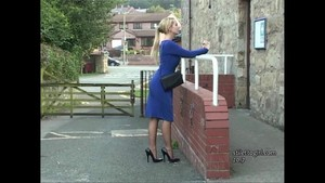 Gorgeous Stiletto Girl stimulates shoe fetish in high heels