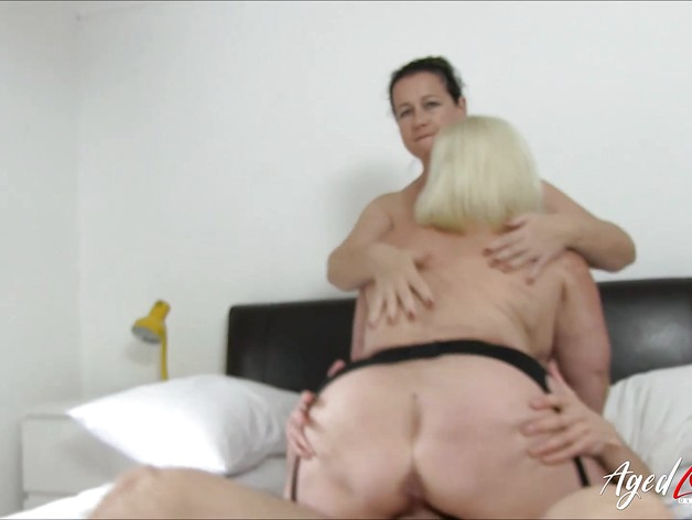 Lacey Starr fucks in Threesome