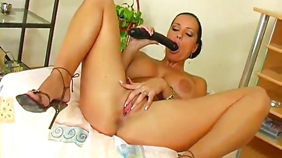 Close Up Dildo Masturbation