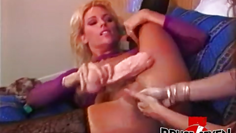 cole-pussy-felecia-bionca-finger-fuck-mpegs-butt